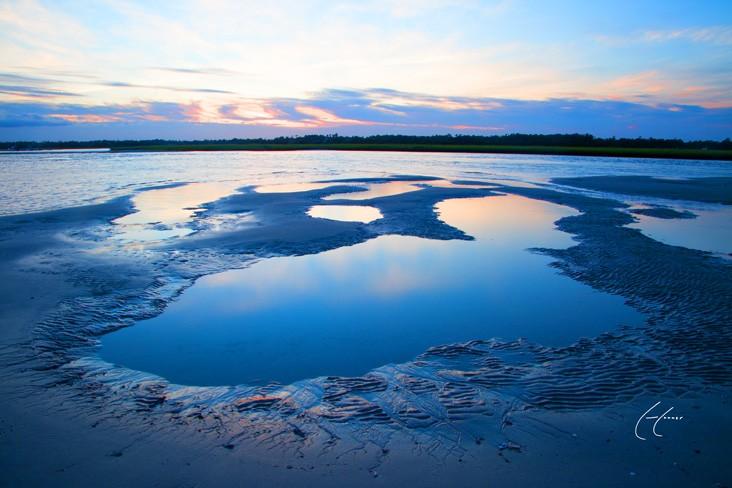 Serene Shaded Azure